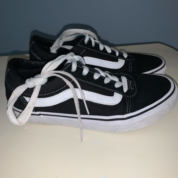 white vans size 6